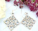 Sterling silver earring with celtic knot work design in diamand shape