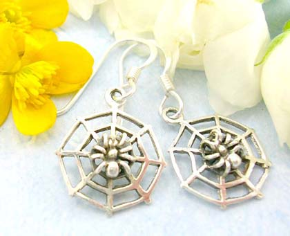 Resale shopping online costume jewelry gift retailer sales sterling silver earrings decor in shinny spider web with fish hook