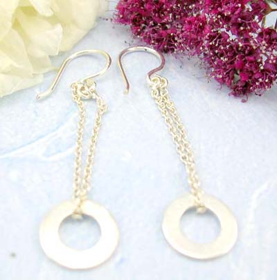 Buy discount jewelry shopping online sterling silver earring decor with chain loop holding a circle pattern on bottom