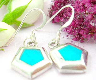 Shopping jewelry shop online sterling silver earring with 5 pyramid shape and turquoise embedded