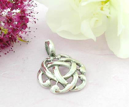 Discount celtic pendant shopping sterling silver pendant design in celtic knot work