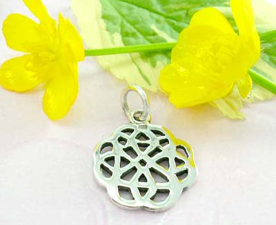 Discount body building jewelry sterling silver pendant with celtic knot work pattern
