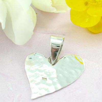 Jewelry for teen 925 Sterling silver pendant design with multi-facets wavy heart shape pattern