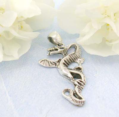 Shopping body display jewelry dancing dragon design in sterling silver pendant