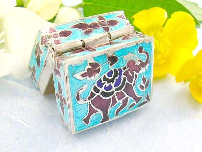 online cute jewelry shopping  rectangular pill box with elephant design in sterling silver