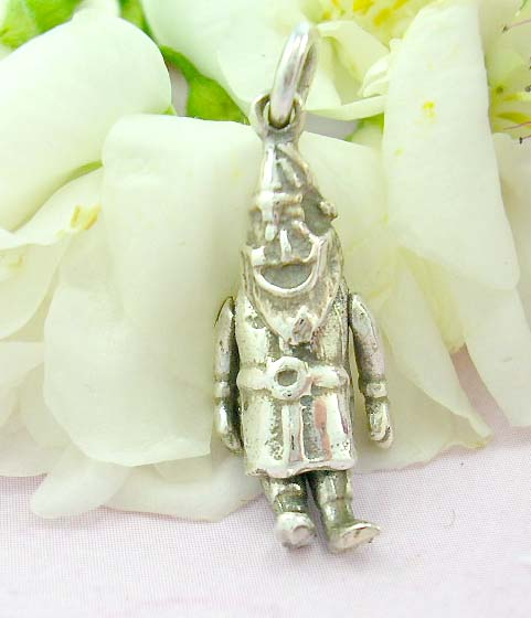 Shopping jewelry gift online sterling silver pendant with moveable shinning santa clauz