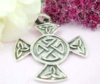 Shopping discount free body pendant celtic work with circle and triangle shape forming in cross design with sterling silver pendant