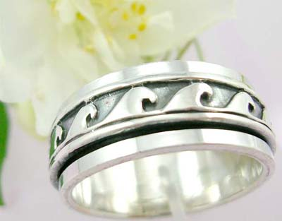 Man's gift online sterling silver ring with large wave pattern